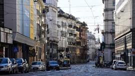 Mafia Italia Bagi Makanan Gratis untuk Warga Miskin