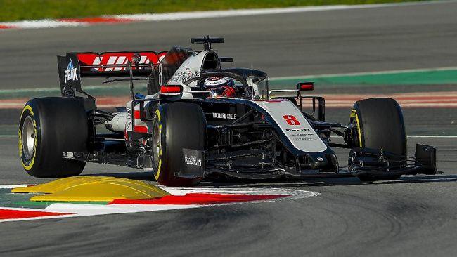 Formula 1 meminta maaf kepada penggemar karena belum bisa memastikan kapan grand prix 2020 dimulai karena pandemi virus corona.