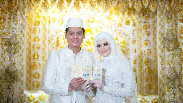 10 Potret Acara Pernikahan Cut Meyriska dan Roger Danuarta dengan Adat Khas Aceh