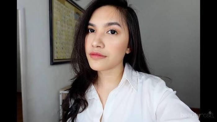 Tutorial Makeup untuk Wawancara Kerja ala Beauty Vlogger