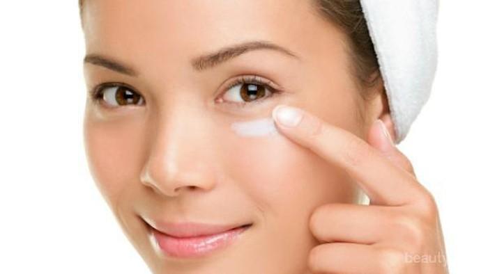 5 Eye Cream Terbaik Mengandung Retinol untuk Hilangkan Garis Halus dan Mata Panda
