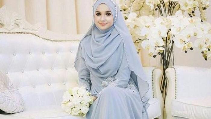 Jangan Bingung, Berikut Gaun Pengantin Syar'i yang Bisa Jadi Inspirasi