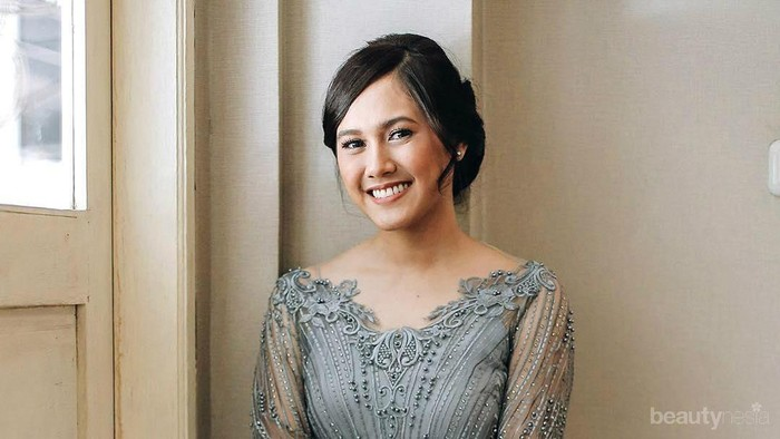 5 Gaya Kebaya Modern Annissa Soebandono, Adik Alyssa Soebandono yang Tak Kalah Cantik