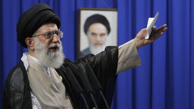 Iran tetap menolak bantuan AS untuk memerangi virus corona, dan mengklaim penyakit tersebut adalah senjata biologis.