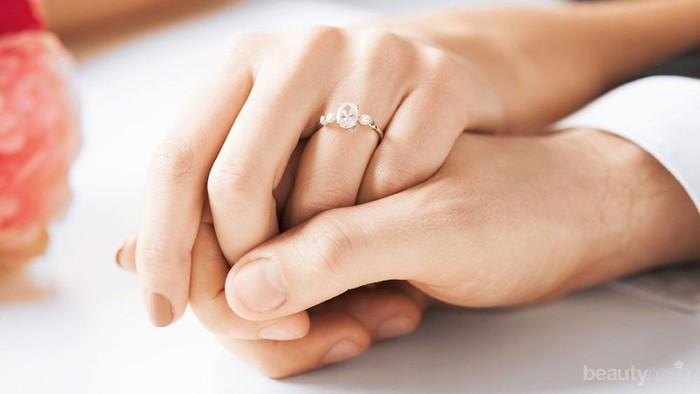 Jadikan Momen Bahagia Lebih Berkesan dengan 15 Koleksi Cincin untuk Pertunangan Ini