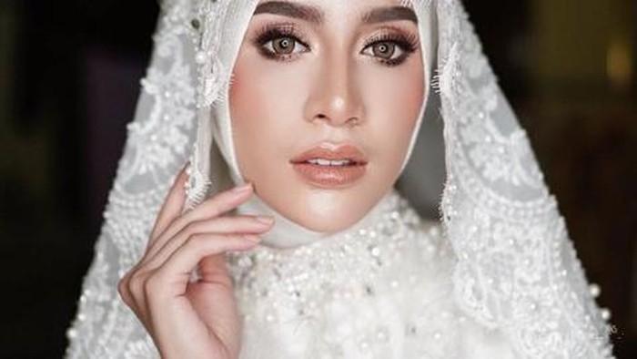 Tampil Cantik dengan Inspirasi Makeup untuk Pengantin Berhijab