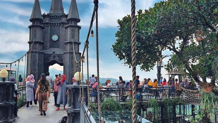 5 Tempat Makan Cozy dan Asyik di Bandung untuk Bukber