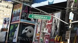 Corona Tak Reda, Panggung Broadway Tutup hingga Mei 2021