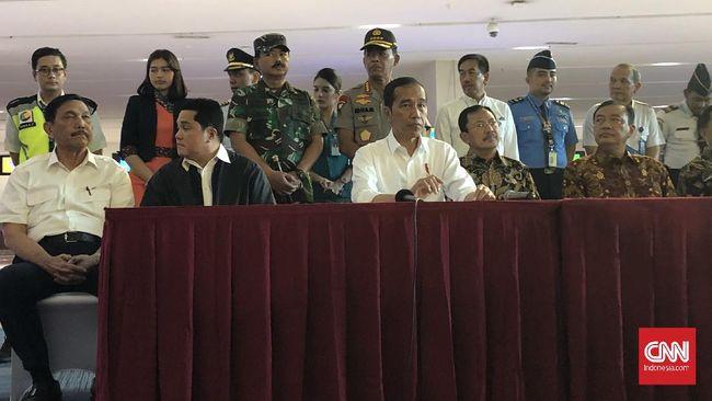 Presiden Joko Widodo memastikan insentif untuk tenaga medis yang menangani pasien corona. Dokter spesialis akan mendapatn Rp15 juta, dokter umum Rp10 juta.