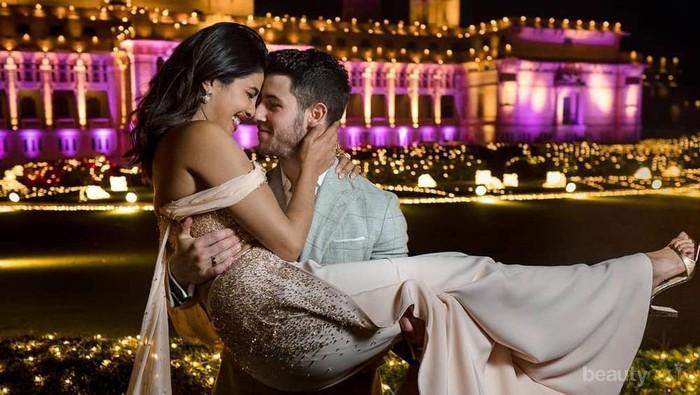 Selalu Tampil Serasi, Ini 5 Gaya Nick Jonas dan Priyanka Chopra di Berbagai Acara