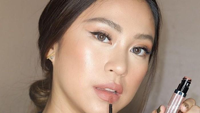 Tips & Trick: Memilih Lipstik Nude Sesuai Warna Kulit untuk Tampil Fresh