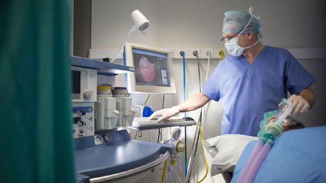 Dalam beberapa kasus, ventilator memiliki peran yang vital dalam penanganan pasien Covid-19. Apa perlunya ventilator untuk pasien?