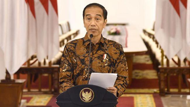 Belum sampai 24 jam sejak diumumkan di akun youtube Setpres, Senin (30/3) siang, kebijakan akan menerapkan darurat sipil Jokowi langsung ditanggapi warganet.
