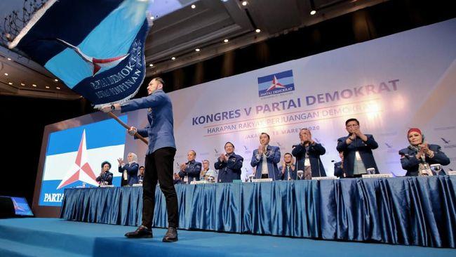 Sekjen Demokrat Teuku Riefky menyatakan banyak contoh partai hancur setelah terjadi dualisme kepengurusan.