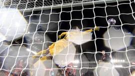 SMASHOT: Liverpool Gugur hingga Corona Kosongkan Tribune