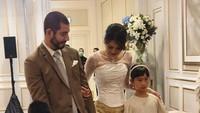 <p>Pernikahan dengan Vinny merupakan yang kedua bagi Adinda. Dari pernikahan sebelumnya dengan pengusaha Singapura, Seng Hoo Ong, Adinda dikaruniai dua anak bernama Kierra Amanina Ong dan Kellan Ong. (Foto: Instagram @adindabakrie)</p>