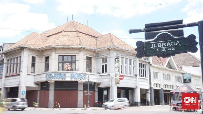 Bandung 'Lautan Sepi' di Masa Pandemi Corona