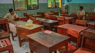 Sekolah Juli, Guru Nilai Belum Aman dan Usul Sistem Sif