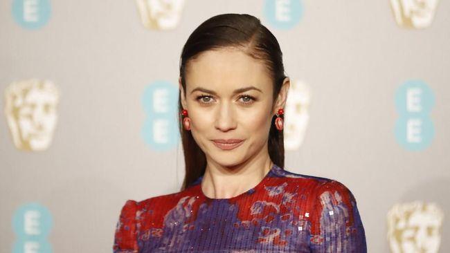 Bintang James Bond, Olga Kurylenko Akui Pulih dari Corona