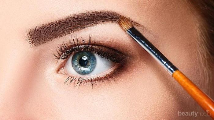 Rekomendasi Eyebrow Brush Terbaik untuk Dapatkan Bentuk Alis yang Sempurna