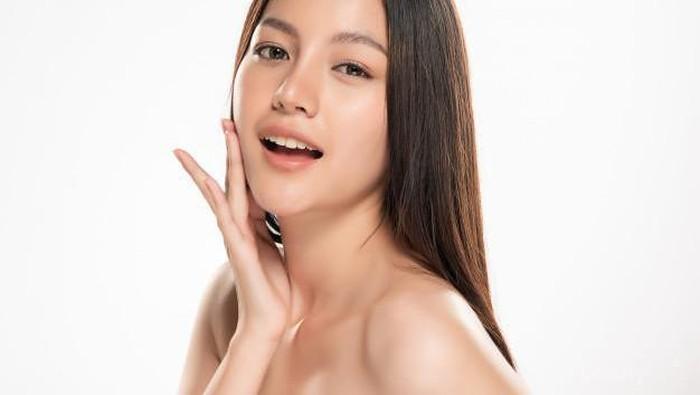 Lebih Sehat dan Glowing! Ini 6 Skin Care Routine yang Cocok untuk Kulit Kering