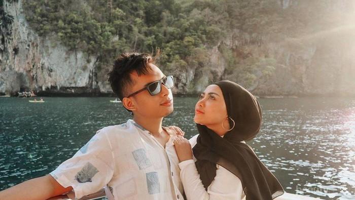 FOTO: 10 Potret Romantis Influencer Rachel Vennya dan Niko Al-Hakim, Bikin Iri!