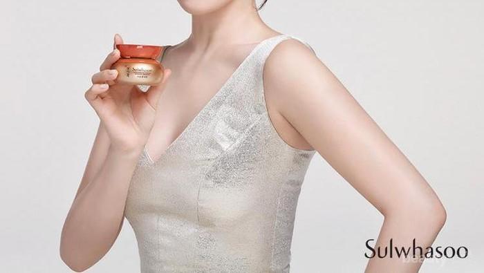 Mau Kulitmu Bening Bak Song Hye Kyo?  7 Produk Sulwhasoo Ini Wajib Kamu Coba
