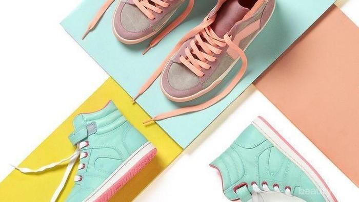 5 Merek Sepatu Lokal Super Gemas Ini Bisa Jadi Referensi Belanja Online Kamu