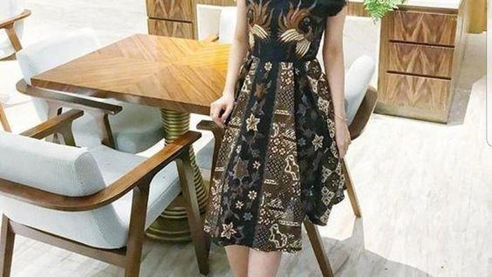 Wah, Model Dress Batik Ini Bakal Bikin Tampilanmu Makin Kece Ke Pesta! Intip Yuk Inspirasinya!