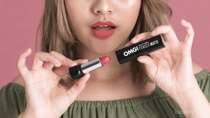Review OMG! Silky Girl Powder Matte, Warna Cantik yang Melembapkan Bibir!
