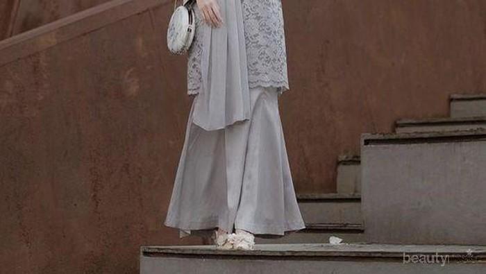 Hijabers, Ini Lho Dress Brokat yang Lagi Hits Buat ke Pesta!