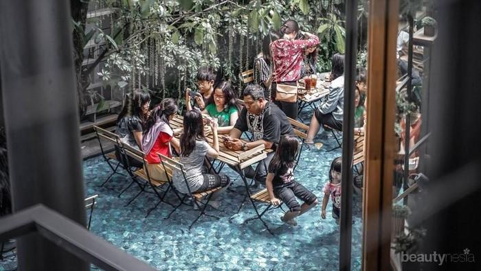 6 Kedai Kopi ini Hits di Bandung, Ada yang Ngopi dengan Kaki Direndam!