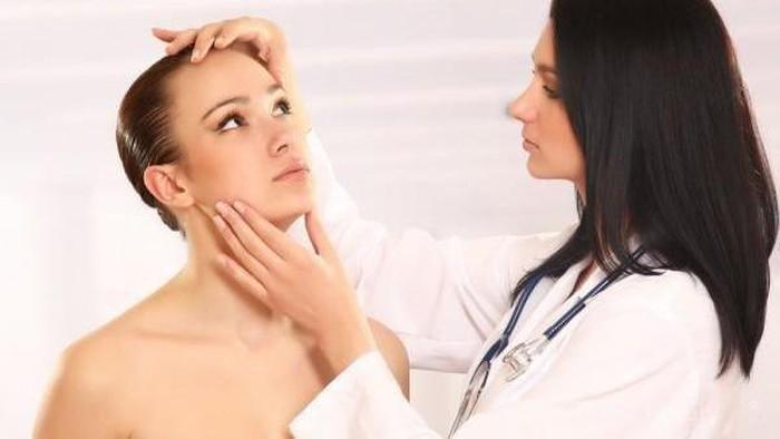 Jangan Langsung Ambil Keputusan, Pertimbangkan Hal Ini Sebelum ke Dokter Kecantikan