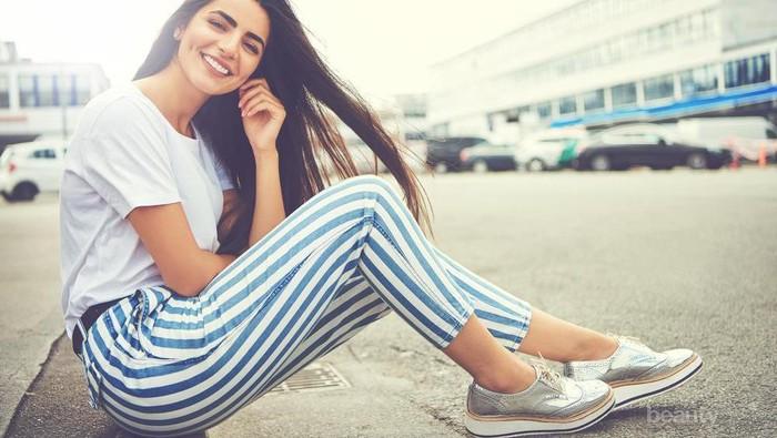 Tanpa Perlu Dicuci, Ini Cara Menghilangkan Bau Sepatu dengan Teh Celup