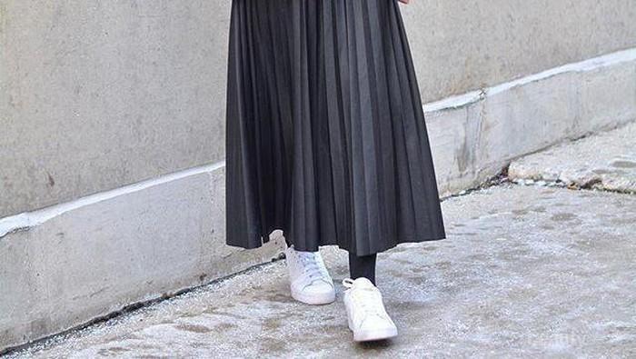 3 Model Rok Hits Ini Bisa Bikin OOTD Hijab Kamu Makin Stylish!