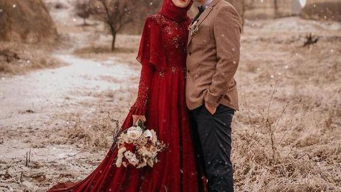 Ingin Momen Pernikahanmu Berkesan Seumur Hidup?  Intip Yuk Ide Foto Prewedding Cantik Ini, Ladies!