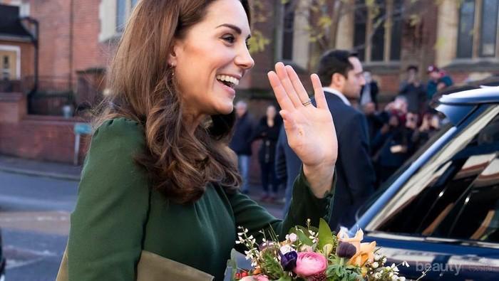 Hits Lagi Ladies! Ini Deretan Tas Kulit Koleksi Kate Middleton