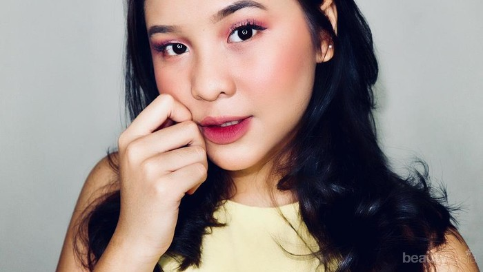 5 Beauty Vlogger yang Tampil Cantik dengan Lipstik Ombre, Curi Tips dan Merek Lipstiknya Yuk!