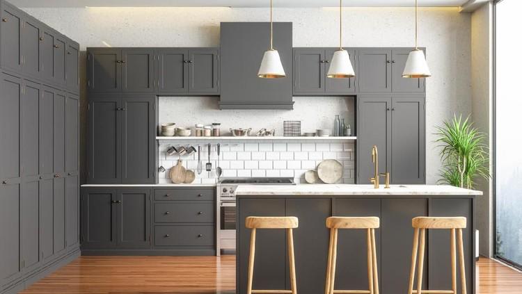 Dapur minimalis di ruangan yang sempit tidak memerlukan terlalu banyak barang. Berikut ini 7 peralatan yang wajib ada di dapur rumah minimalis.