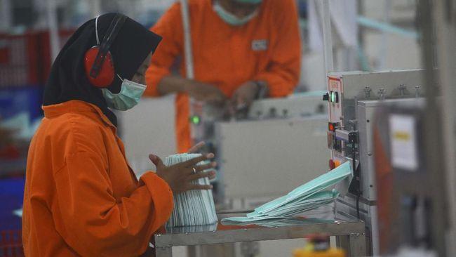 Serikat pekerja tekstil mempertanyakan wacana THR dicicil di saat perusahaan sudah beroperasi normal, tak seperti pada tahun lalu.