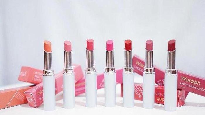 3 Rekomendasi Lipstick Lokal Nuansa Peach dengan Harga Murah