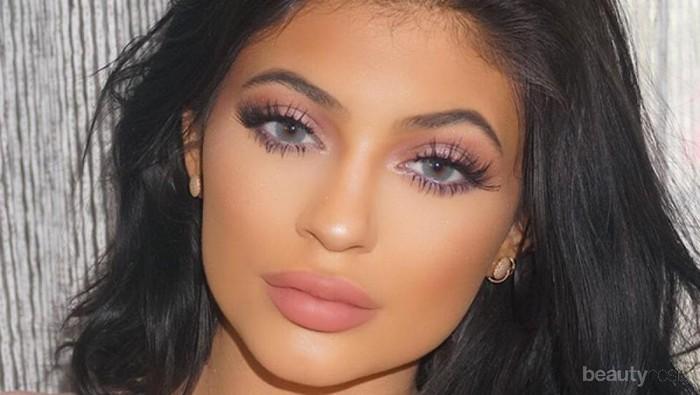 4 Lipstick Nude Lokal Terbaik Ini Akan Bikin Penampilanmu Tetap Fresh