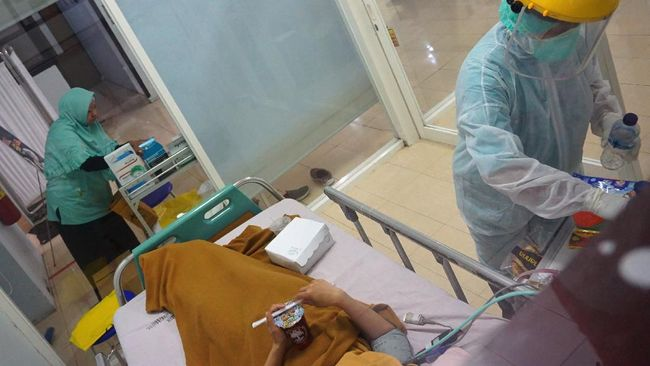 Dari data 741 pasien positif di wilayah DKI Jakarta per Selasa (31/3), ada 451 yang masih dirawat, 49 sembuh, dan 84 meninggal dunia.