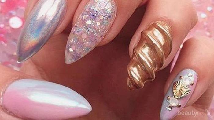 Setelah Unicorn Lips, Unicorn Nails Berikut Ini Dijamin Bikin Kamu Gemas Saking Cantiknya