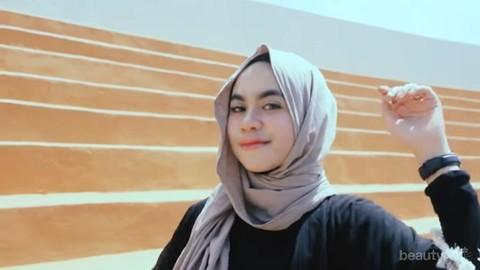 Cuma 5 Menit Tutorial Hijab Pashmina Simple Ala Nabila Tarmuzi Yang Akan Membuatmu Cantik