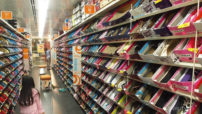 Cari Sepatu Murah yang Berkualitas? Cek Rekomendasi Tempat Belanja Ini!