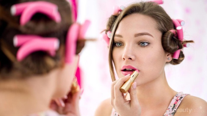 6 Langkah Mudah Dapatkan Tampilan Make Up Natural ala Remaja!