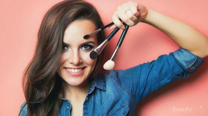 Ternyata Inilah Cara Mencuci Brush Make-up yang Benar Agar Tetap Awet