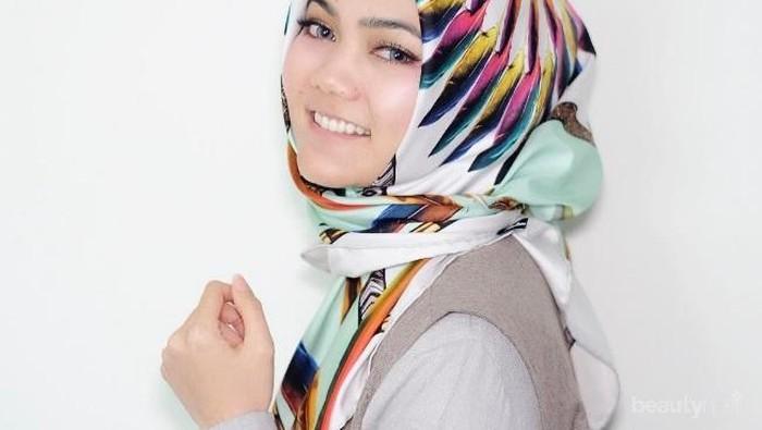 Intip Gaya Hijab ala Rina Nose untuk Inspirasi Kamu Bergaya Sehari-hari, Yuk!