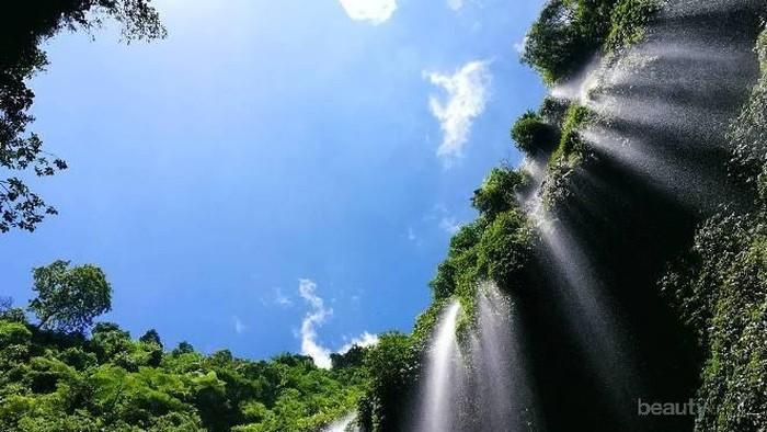 Wajib Kunjungi 5 Air Terjun Terindah di Indonesia Ini!
